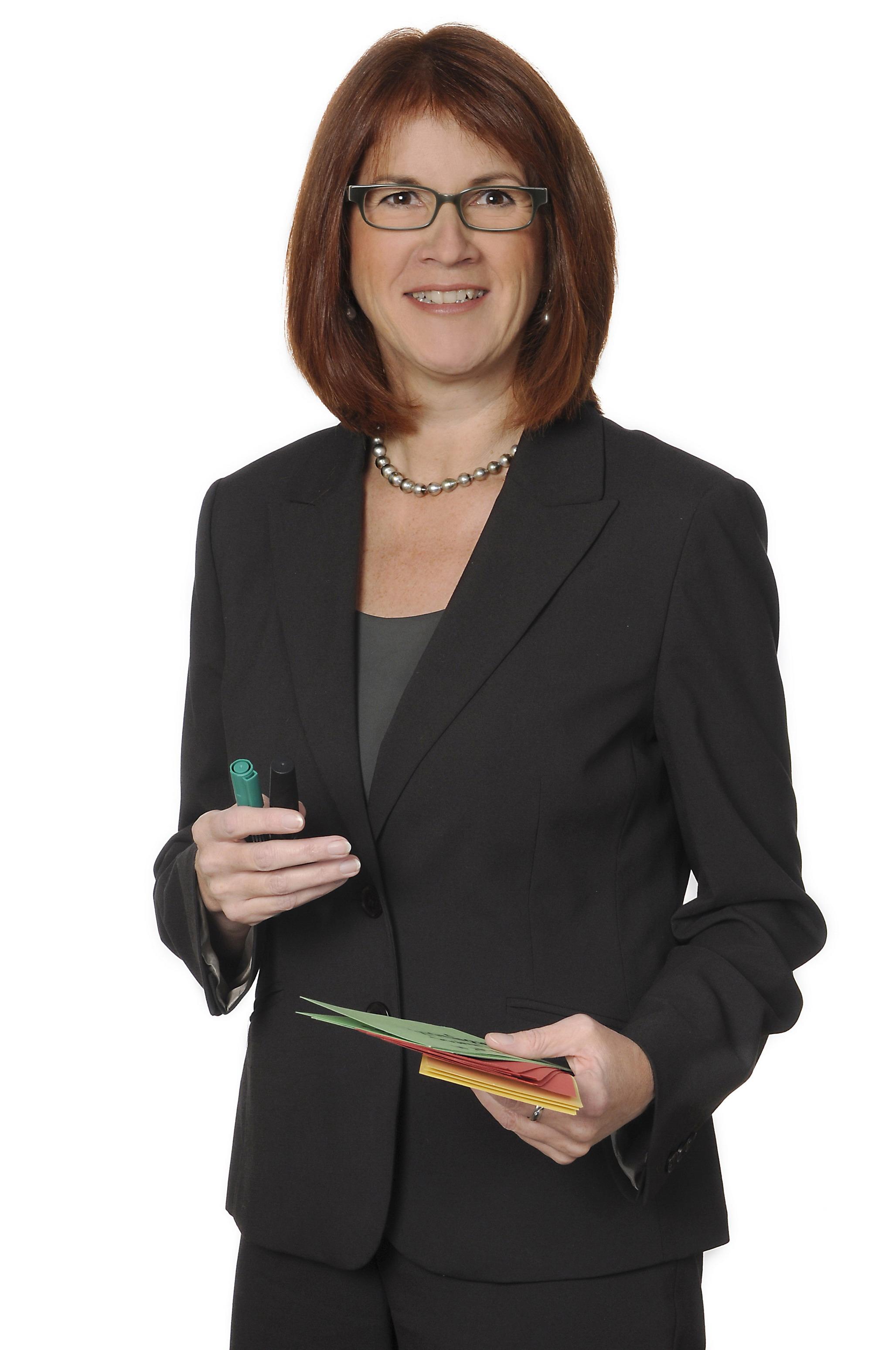 Gudrun Hoehne - intercultural trainer for virtual leadership and virtual teams